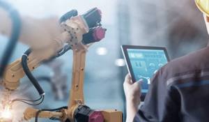 Why every manufacturer should consider PLM Apps for their PLM software